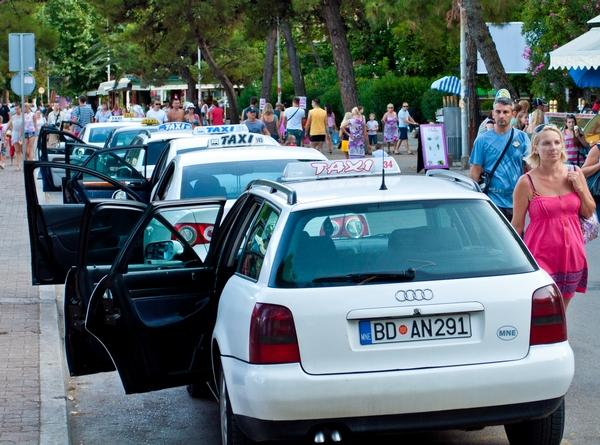 Цены на отдых в Черногории 2018: еда, экскурсии